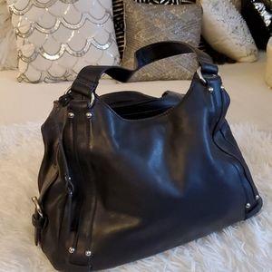 Worthington📁 black leather purse